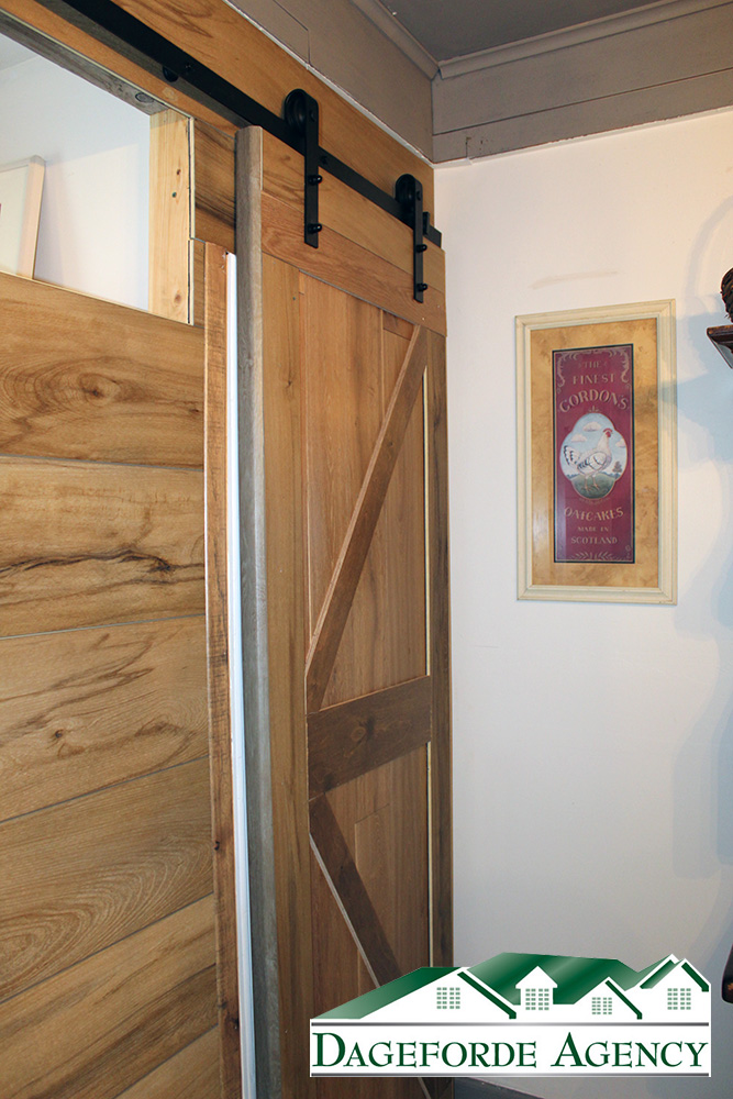 Bathroom-Main-Floor-Barn-Door-