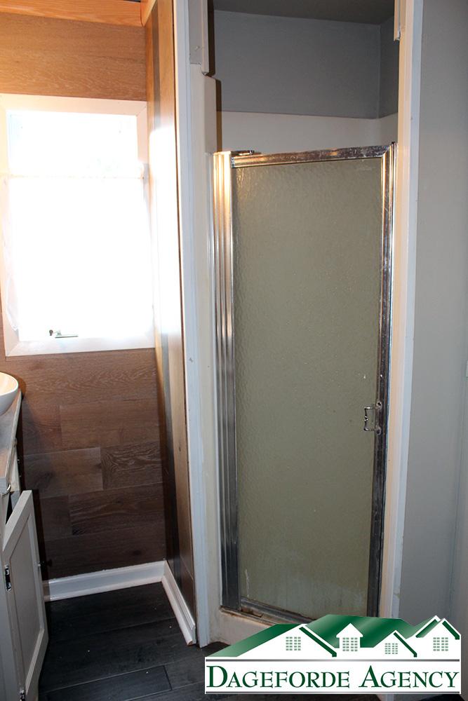 Bathroom-Main-Floor-Corner-Shower