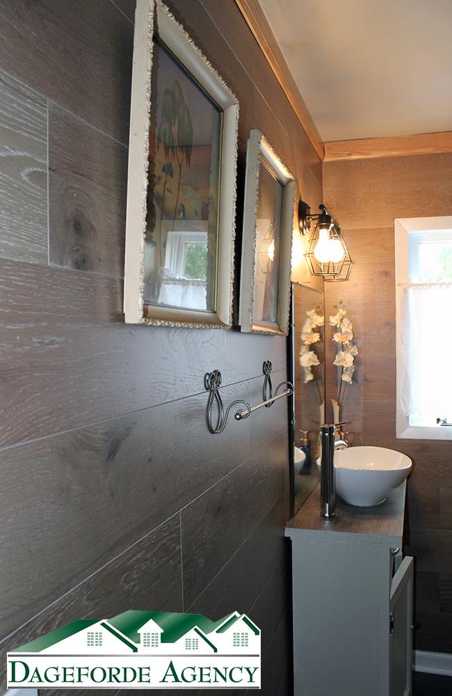 Bathroom-Main-Floor