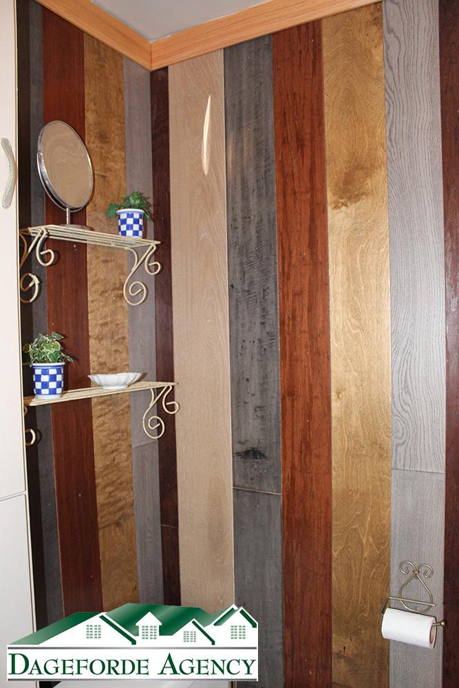 Bathroom-Main-floor-barn-wood