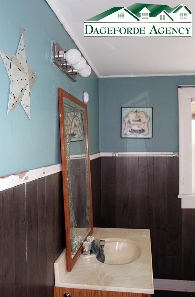 Bathroom-Upstairs-Lavatory