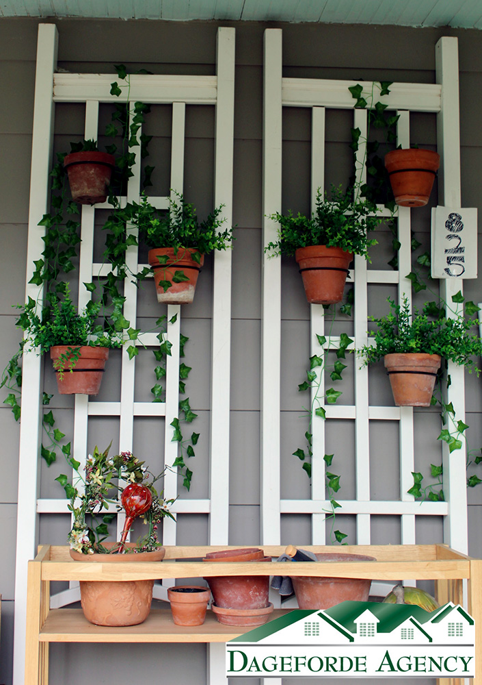 Front-Porch-Feature-Wall