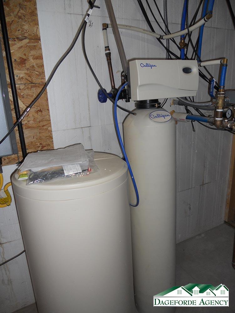 Roker---Basement---Mechanical-5-Water-softner