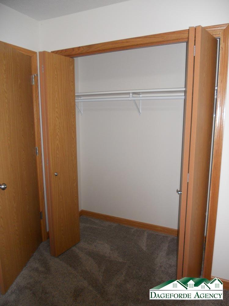 Roker---Basement-Bedroom-#1-closet