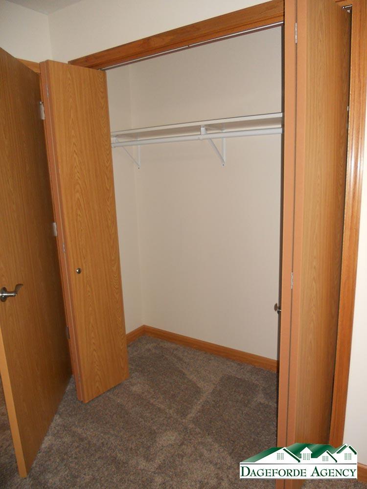 Roker---Basement-Bedroom-#2-closet