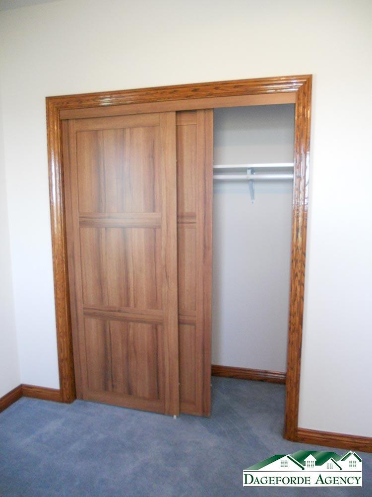 roker---Bedroom-#2-Main-floor-closet-(2)