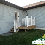 Roker---Garage---west-side-steps-and-deck-leading-to-back-yard-1